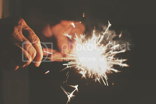 photo hands-night-festival-new-year-s-eve_zpsfqaqr9ts.jpg