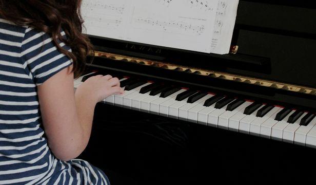 photo PIANO FOR CHILDRENS I_zpsfqteh1mk.jpg