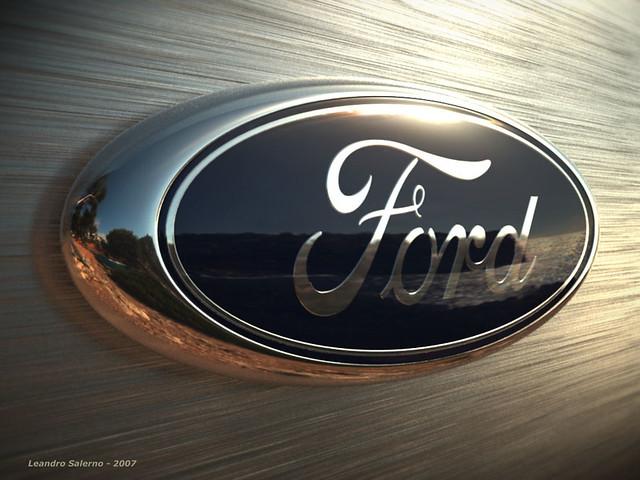 3D Ford Logo atardecer 2