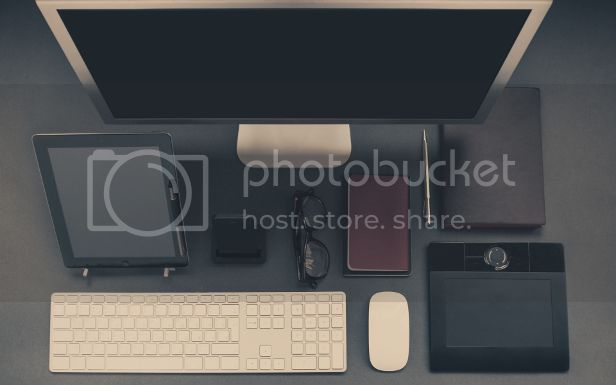 photo apple-iphone-desk-office_zps4vpa2vfe.jpg